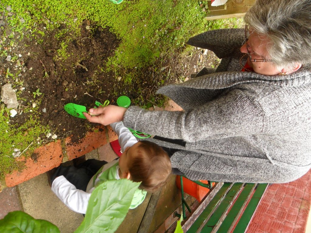 BritMums' #KidsGrowWild Challenge family activities uk gardening