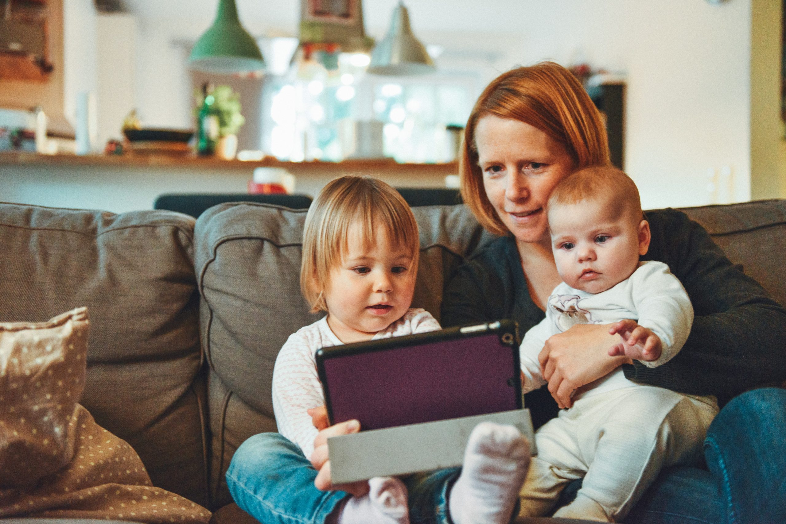 mum and her kids